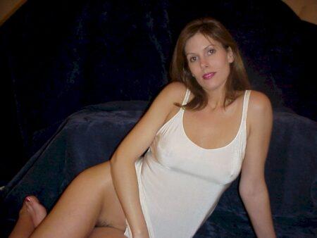 Femme cougar célibataire depuis pas longtemps