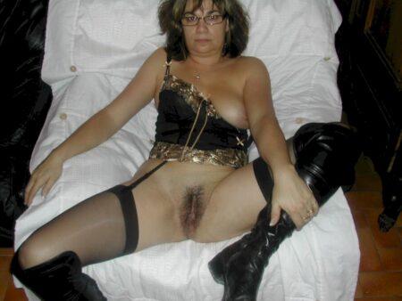 Je recherche un gars expérimenté qui veut d'une rencontre pour une nuit