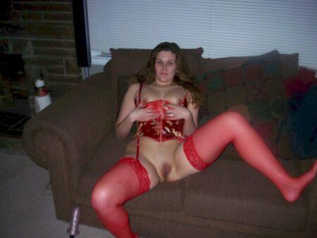 jeune femme coquine recherche un amant pour un plan sexe